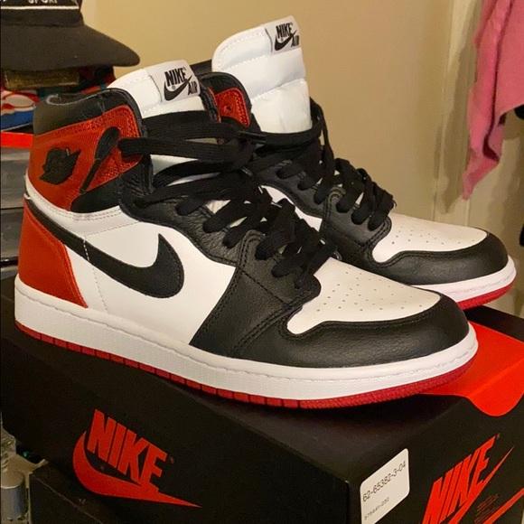 Air Jordan Satin Black Toe 1s